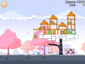 Online su AppStore l'aggiornamento di Angry Birds Seasons con i livelli di S. Valentino