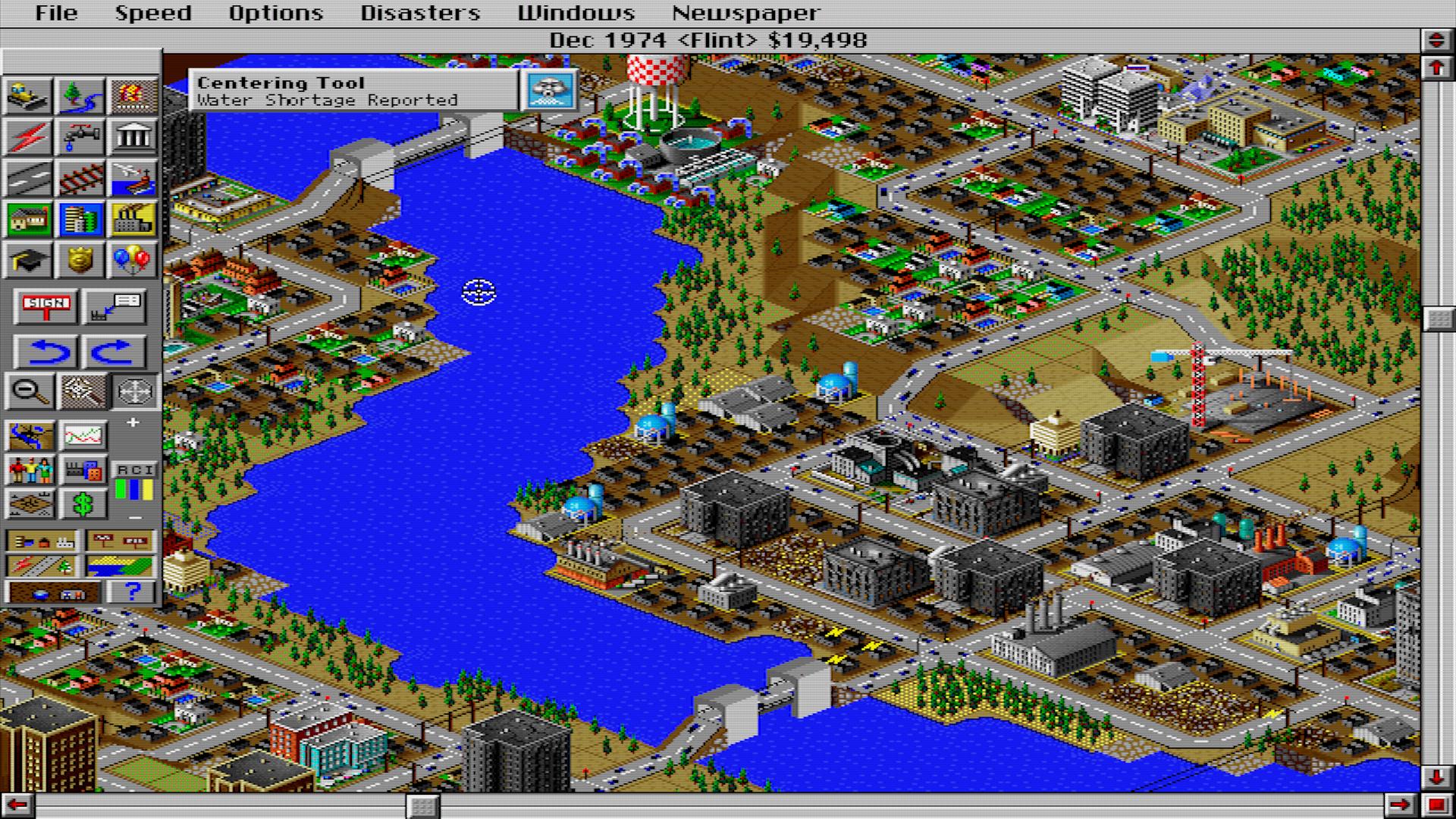 SimCity 2000 aggiungeva sostituì la visuale dall'alto con quella isometrica, piuttosto pratica. Ci sono diverse novità anche sul gameplay con tante aggiunte di sostanza e menu più ampi