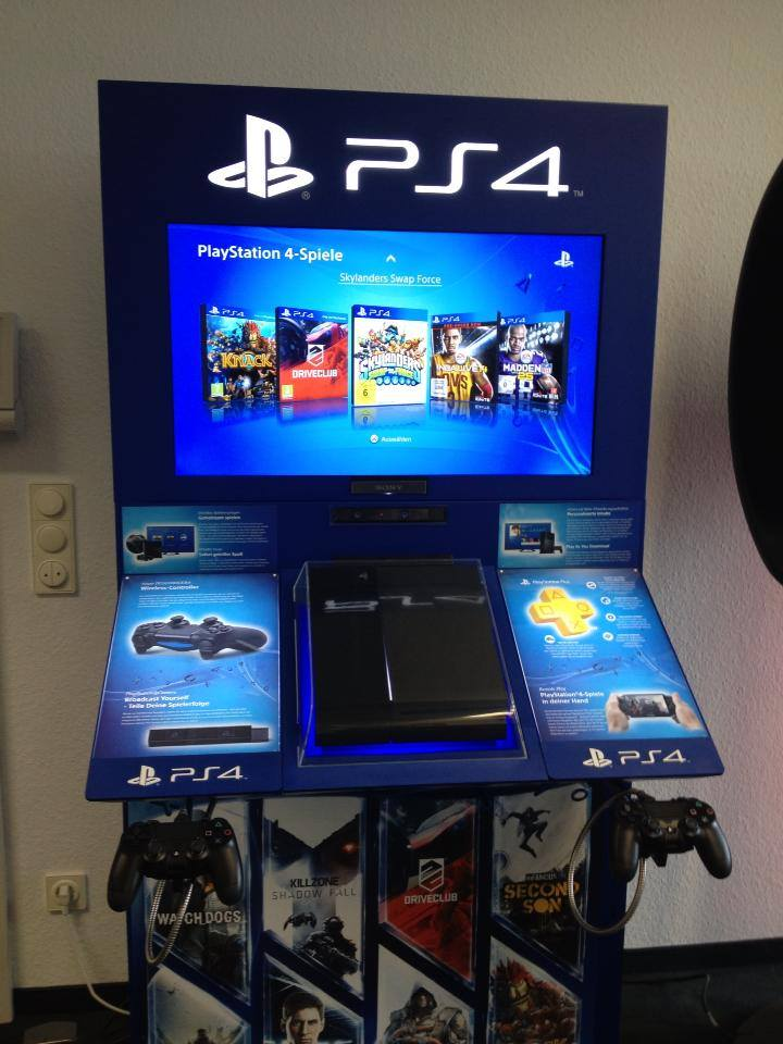ps4-retail-demo-station-germany