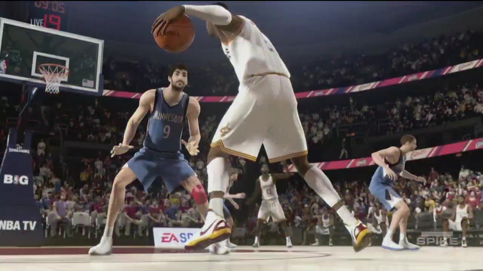 NBA-Live-14 in game 15112013
