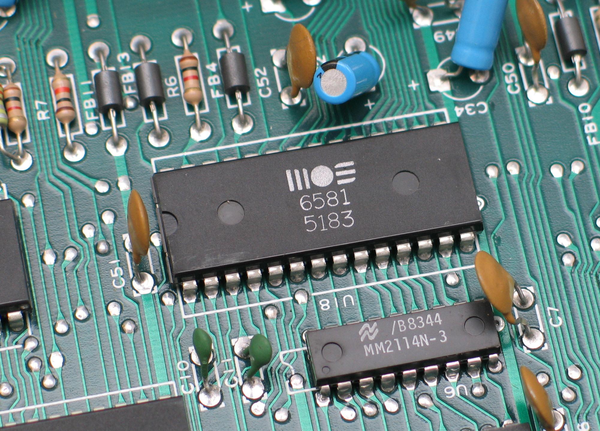 MOS6581 SID