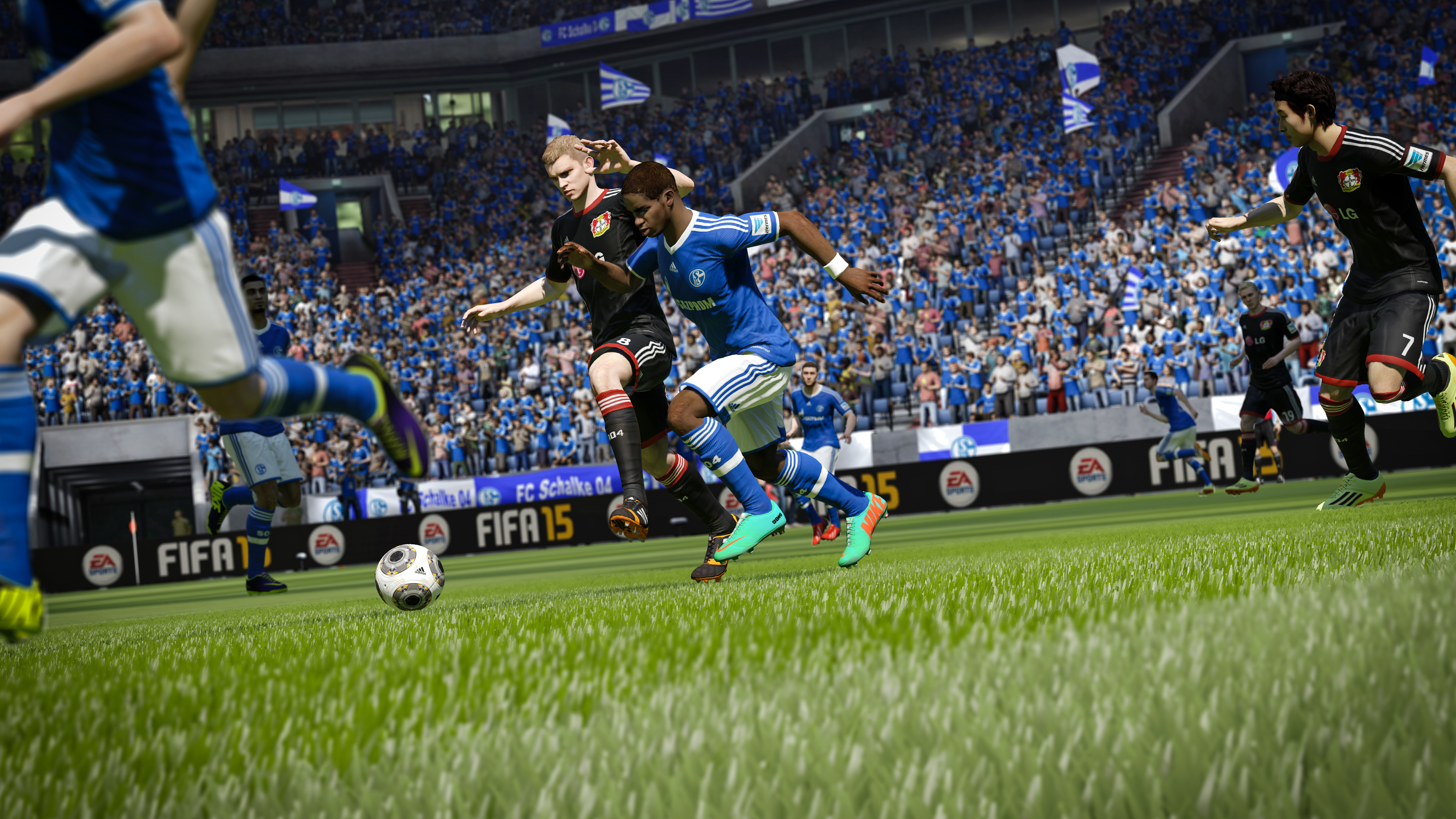 FIFA15_XboxOne_PS4_ManToManBattles_SchalkevsBayer04