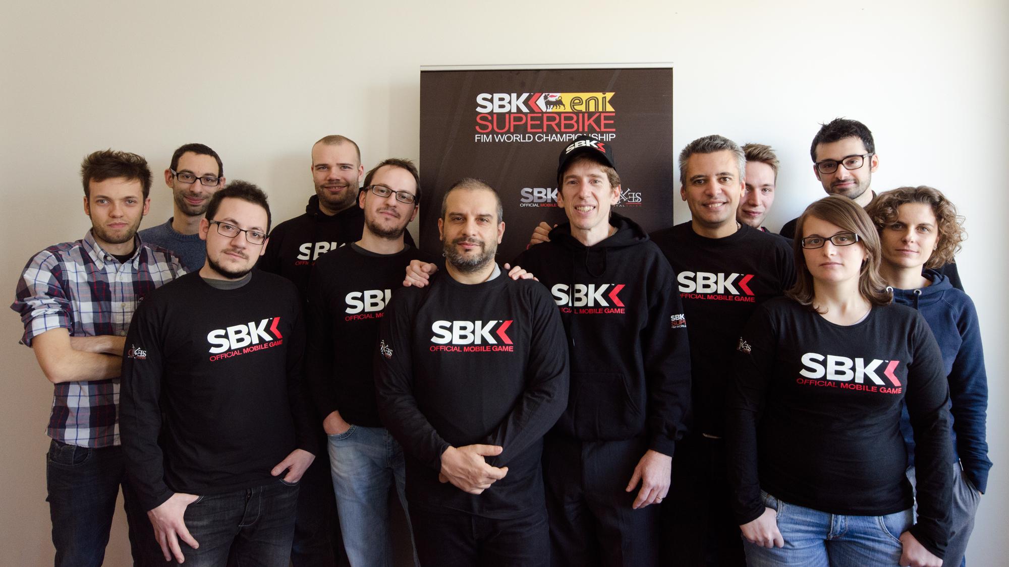 Ecco tutta la squadra di Digital Tales al completo che ha sviluppato SBK 14 per iOS e si accinge a realizzare anche la versione Android
