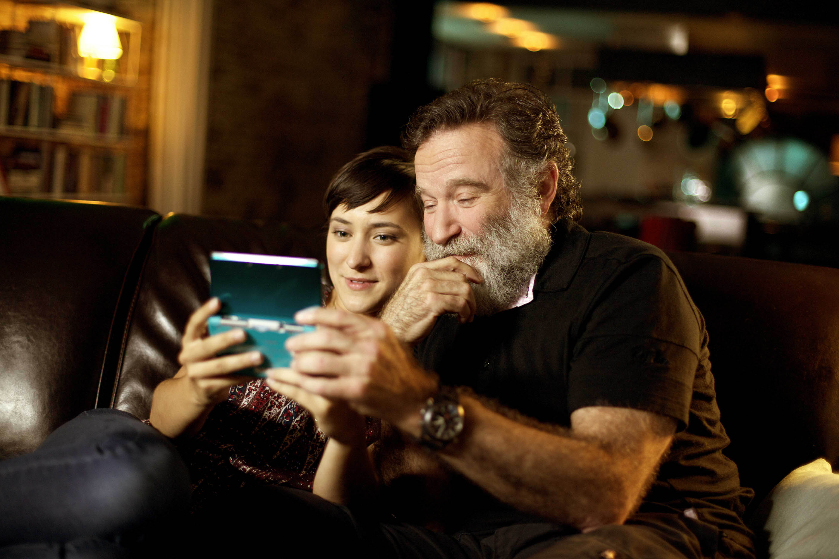 Robin Williams, il popolare attore con la figlia Zelda durante lo spot per The Legend of Zelda: Ocarina of Time 3D