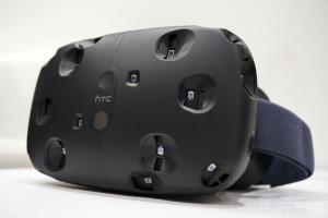 L'esordio del visore HTC Vive è stato rinviato ad aprile 2016