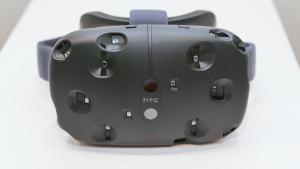 HTC Vive esce ad aprile, costa 799 dollari, a fine febbraio si aprono i pre-order, dettagli