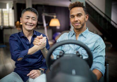 Kazunori Yamauchi e Lewis Hamilton Gran Turismo Sport